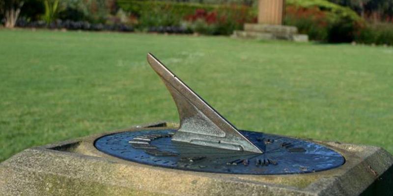 sundial in centennial park